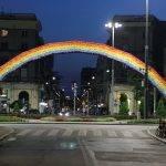 Die Regenbogen-Installation verschwindet