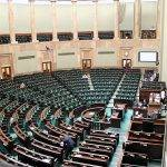 Erste Sitzung des neuen Parlaments