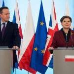 Cameron im Gespräch mit Szydlo und Kaczynski