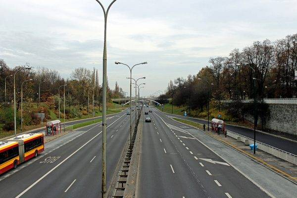 Armia-Ludowa-Allee in Warschau