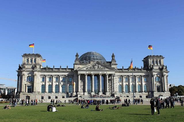 polen heutepolnische regierung will reparationen von deutschland. Black Bedroom Furniture Sets. Home Design Ideas
